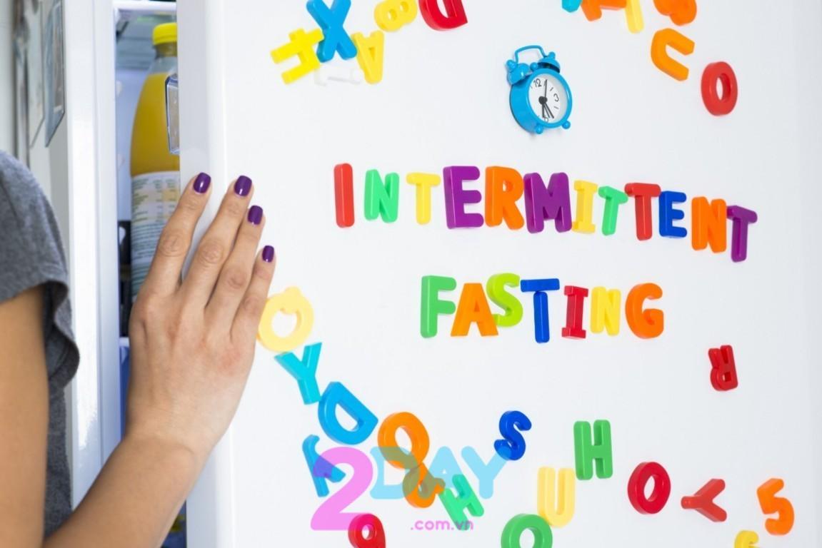 Tìm hiểu phương pháp giảm cân Intermittent fasting là gì?