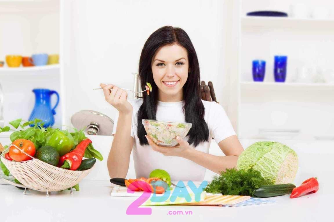 Chế độ dinh dưỡng cũng đóng vai trò quan trọng trong việc giảm mỡ bụng.