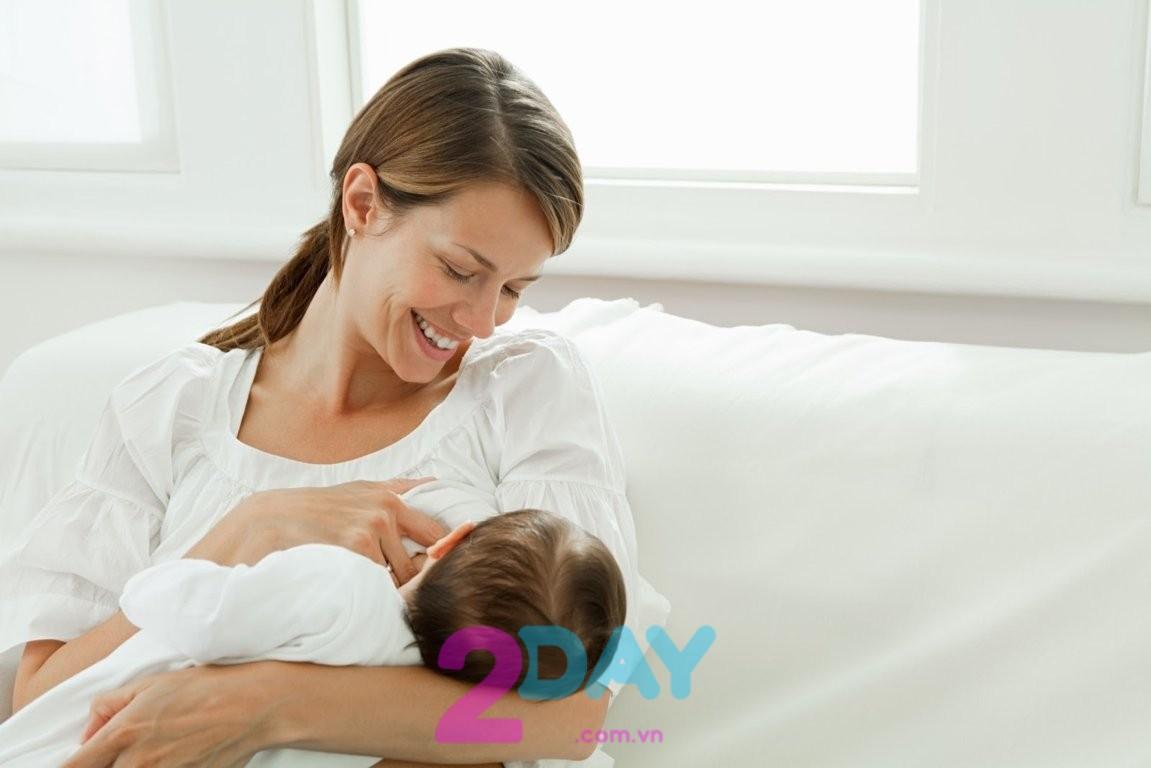 Cho con bú là cách giảm mỡ bụng sau sinh đơn giản và hiệu quả nhất.