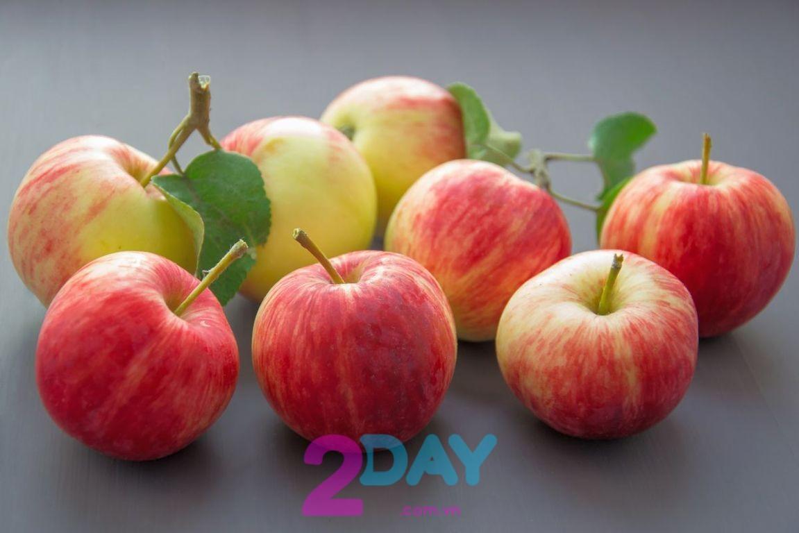 ăn táo giúp giảm cân