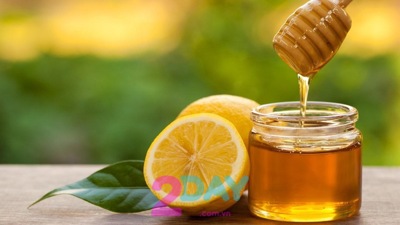 Công thức detox giảm cân từ chanh mật ong