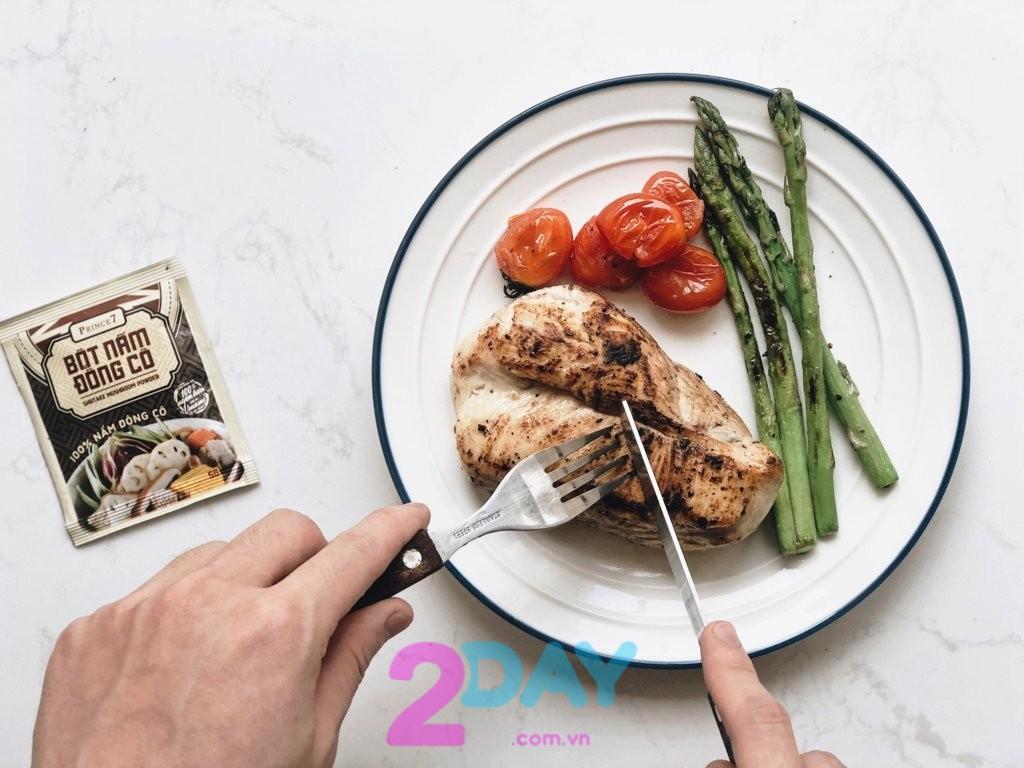ức gà giúp giảm cân